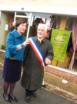 InaugurationCentreBourgCoudrecieux.jpg