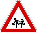 120px-Italian_traffic_signs_-_bambini-svg.png